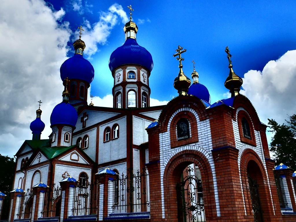 ВПервомайском Харьковской области изхрама украли золото исеребряные изделия