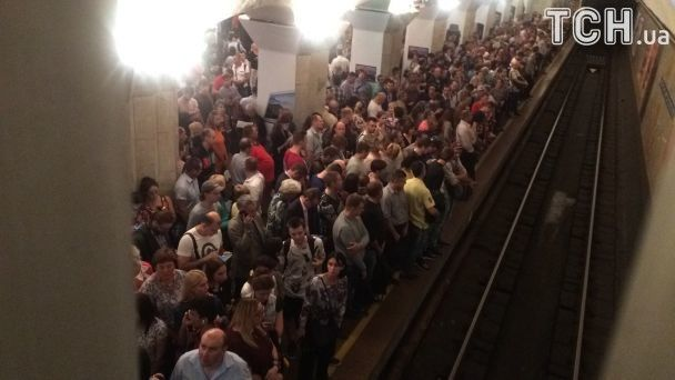 Давка в киевском метро / ТСН
