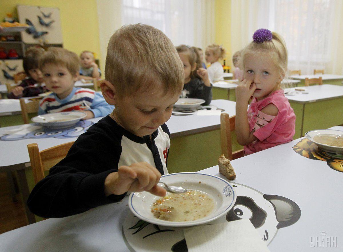 Кабмин намерен разрешить проверки продовольственных объектов / фото УНИАН