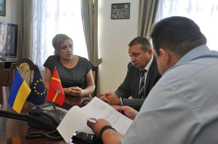 Гундич вислухав громадян / фото oda.zt.gov.ua