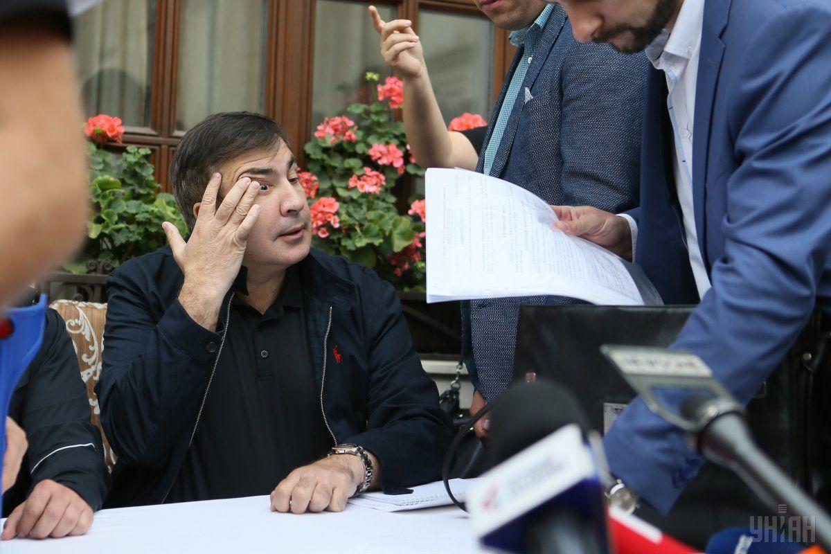 Кортеж Саакашвили разогнался до 150 км/ч / фото УНИАН
