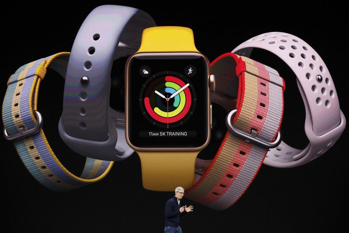 Apple часы серии 3 / Рейтер