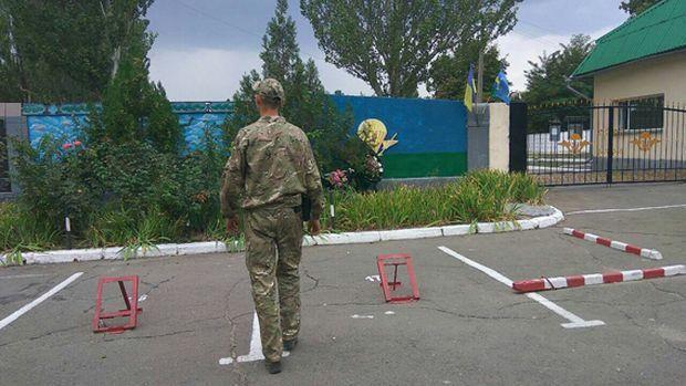 Мінування військової частини не підтвердилося / фото mk.npu.gov.ua