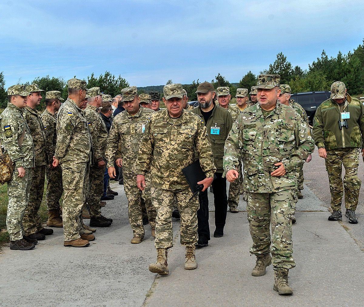турчинов заявив, що здійснюється нарощування спроможностей органів військового управління / фото РНБО України