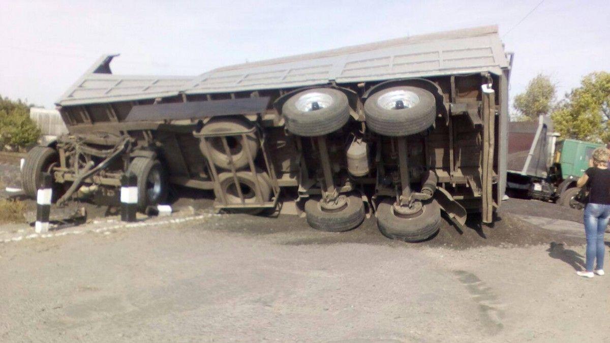 Внаслідок зіткнення отримали травми два пасажири потягу / фото facebook.com/police.kharkov