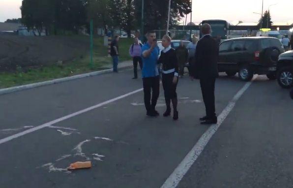 З'явилося відео із Тимошенко з місця