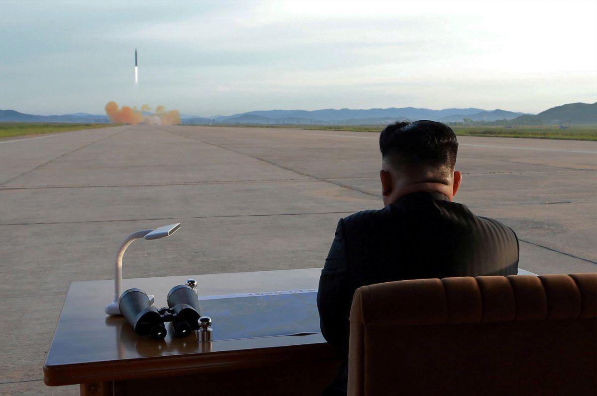 Запуск ракеты Hwasong-12 / REUTERS