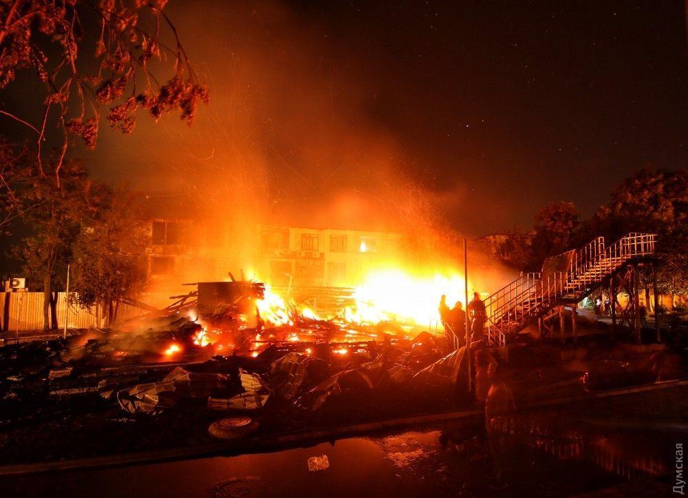 Очевидцы рассказали о пожаре / фото УНИАН