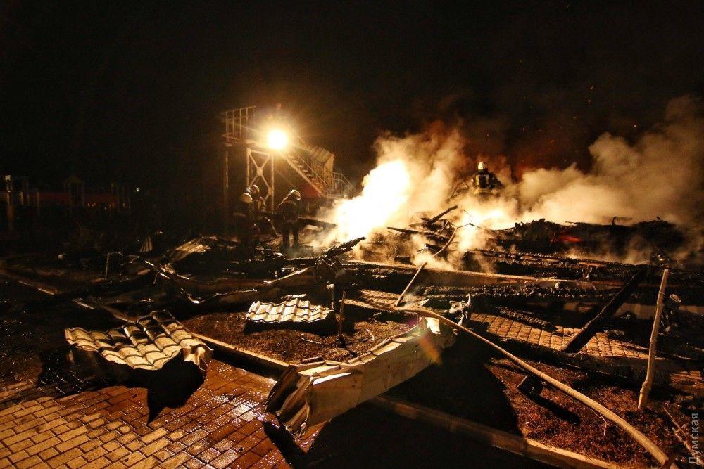 О причине пожара пока не сообщается / фото dumskaya.net