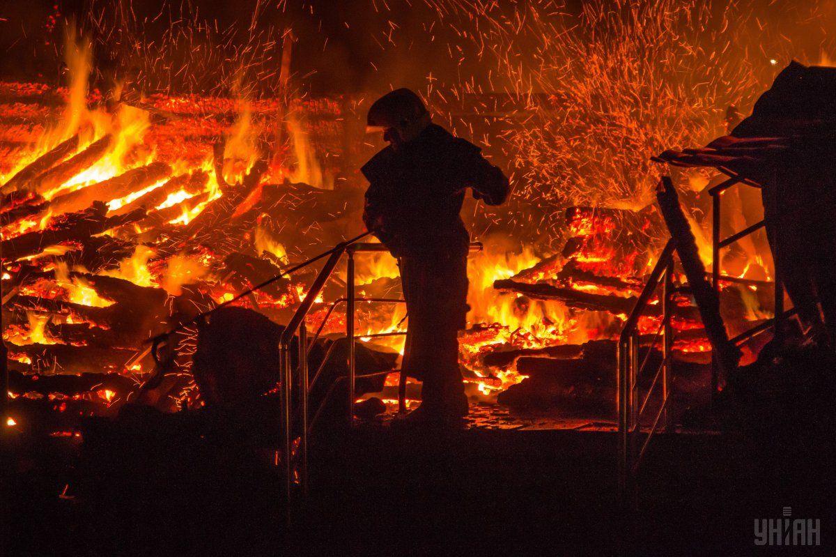 Семьям, чьи дети пострадали во время пожара, выделят по 40 тысяч гривен / фото УНИАН