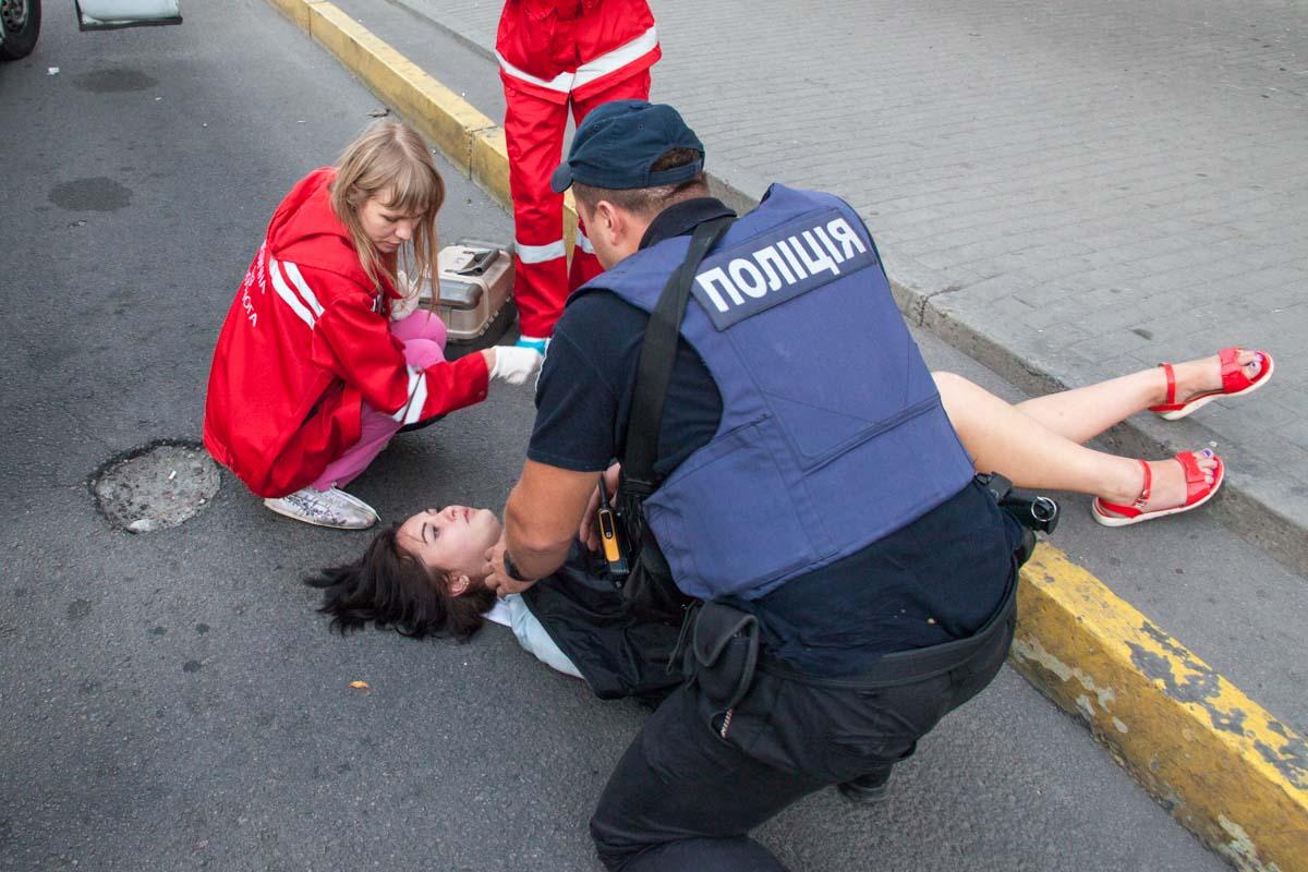 Дівчині надали медичну допомогу / dp.informator.ua