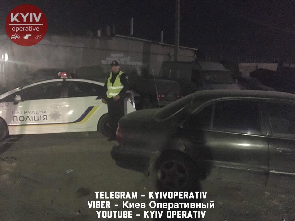 Постраждалого госпіталізували з численними пораненнями / Київ Оперативний
