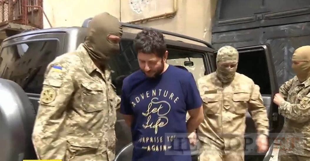 Семенченко дає цінні свідчення про участь російської армії у війні на Донбасі / фото facebook.com/butusov.yuriy