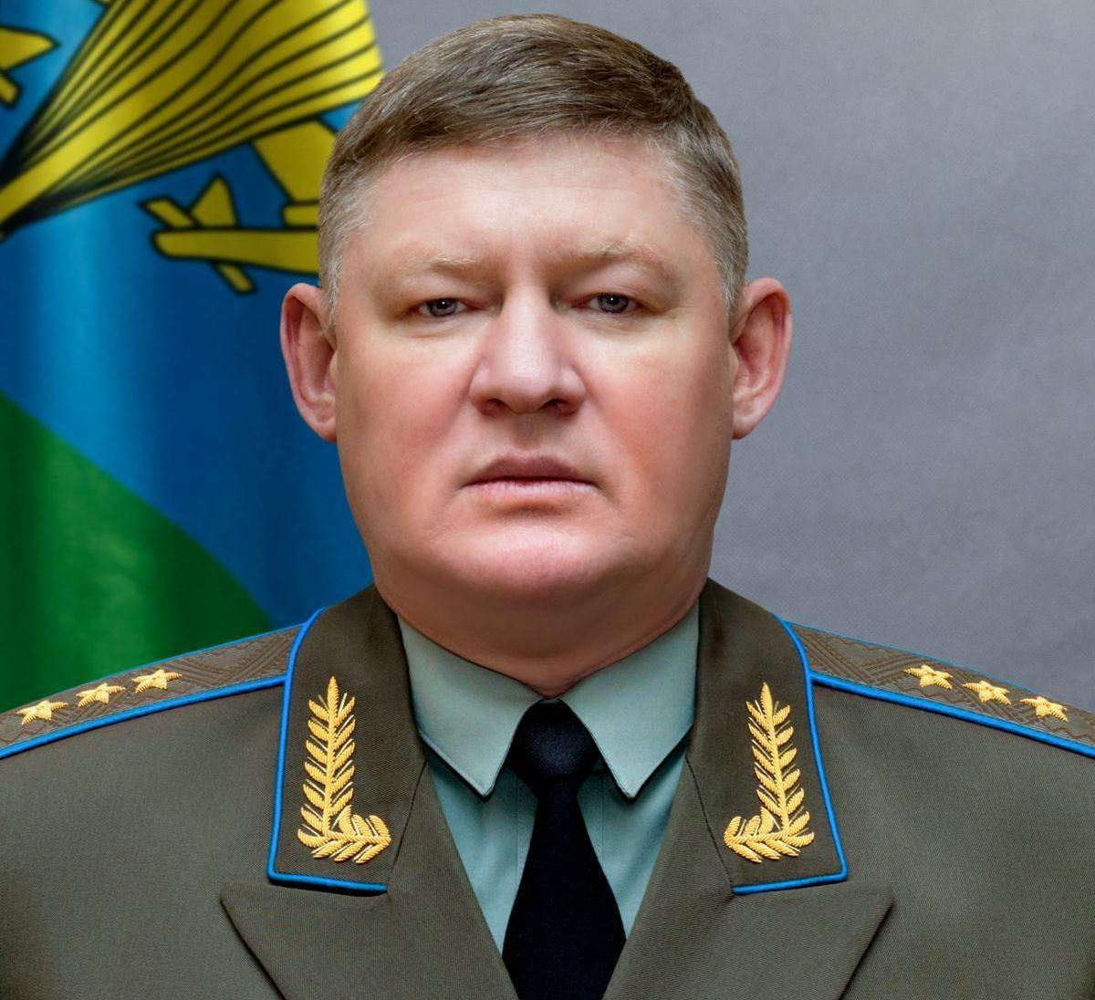Сердюков керував захопленням Криму / фото mil.ru