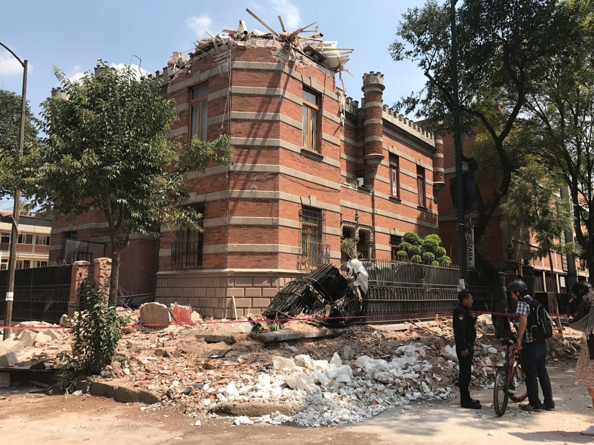 Последствия землетрясения в Мексике / REUTERS