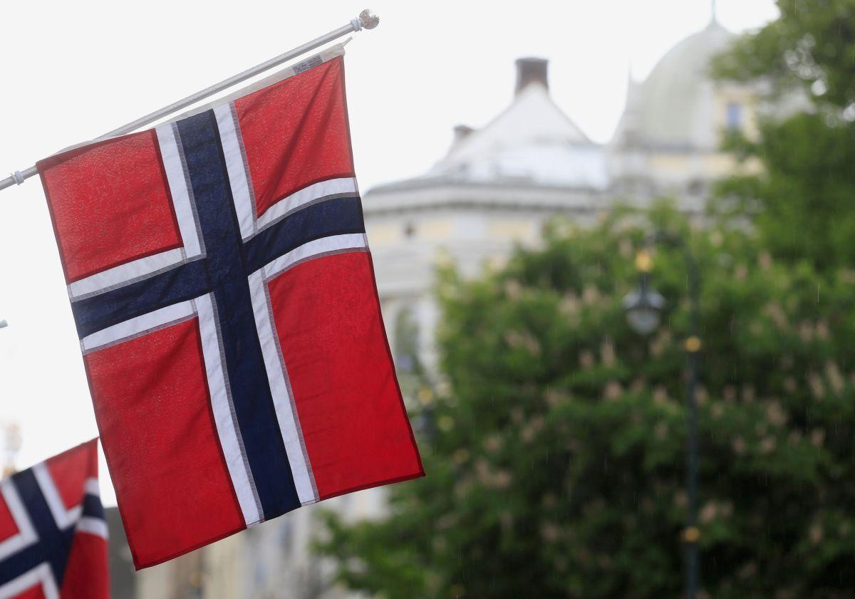 Флаг Норвегии, иллюстрация / REUTERS
