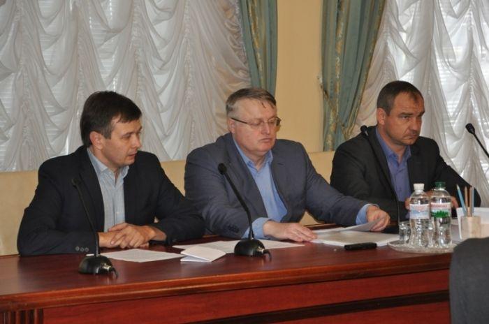 Участие в совещании приняли председатели объединенных общин, представители райгосадминистраций / фото oda.zt.gov.ua