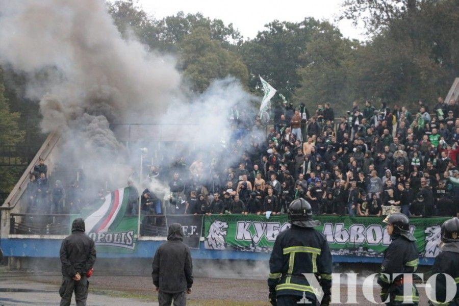 Полиция открыла уголовные дела по фактам хулиганства во время и после матча /