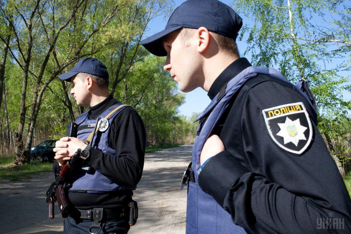 Менше доби знадобилося працівникам поліції, аби знайти хлопця / фото УНІАН