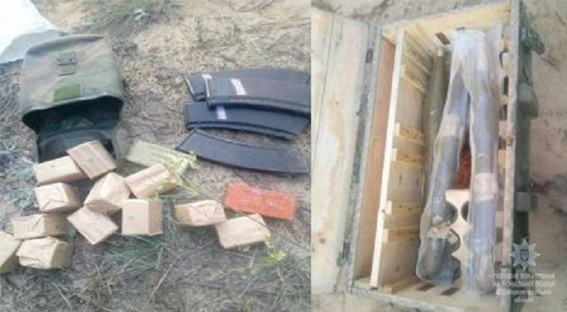 Походження схованки та її власника буде встановлювати поліція / Фото dp.npu.gov.ua