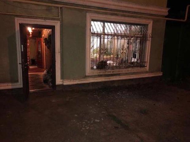 У вікно кинули гранату / фото facebook.com/gunp.odessa