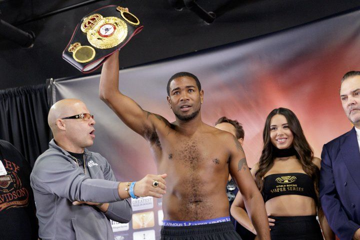 Юниэр Дортикос вышел в полуфинал WBSS / boxingscene.com