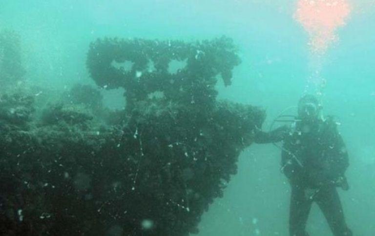 Корабель знаходиться на 10-метровій глибині / фото Думская