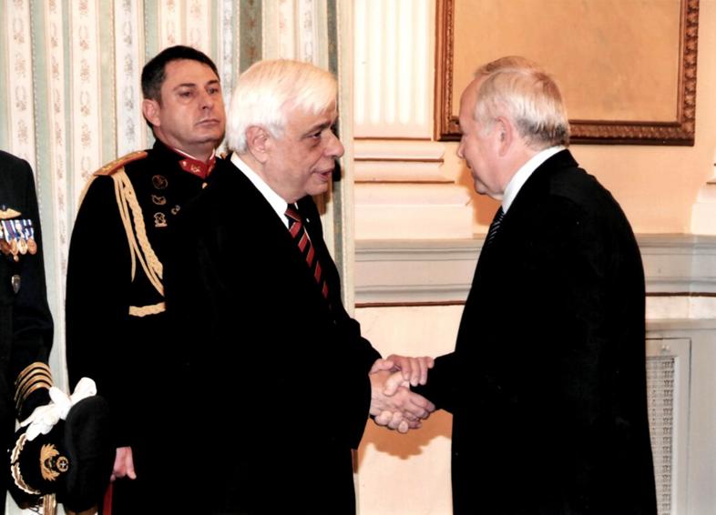 С президентом Греции Прокописом Павлопулосом.