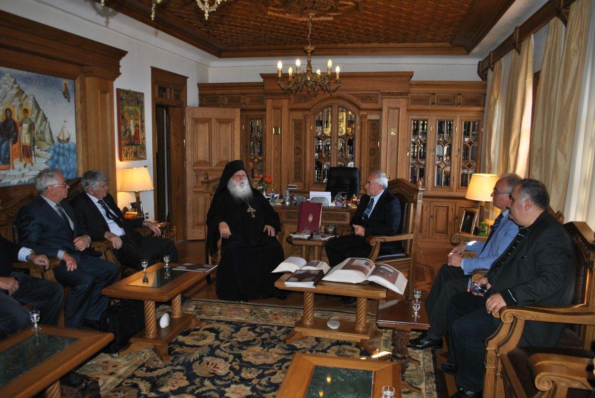 С игуменом афонского монастыря Ксенофонт, архимандритом Алексием (Мадзирис).