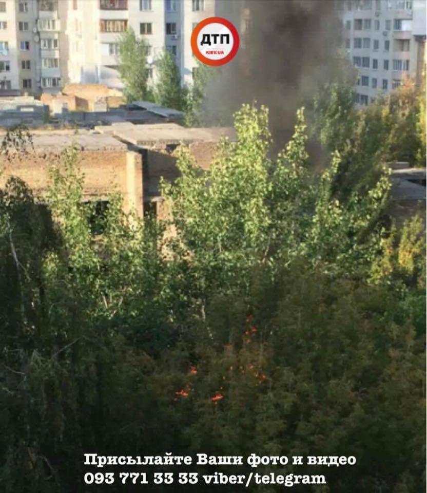 Пожар в Киеве / dtp.kiev.ua