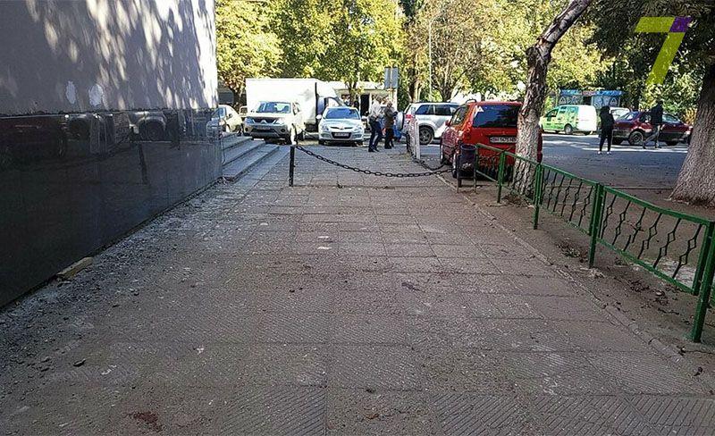 На пострадавших напали трое неизвестных на улице Терешковой / 7kanal.com.ua