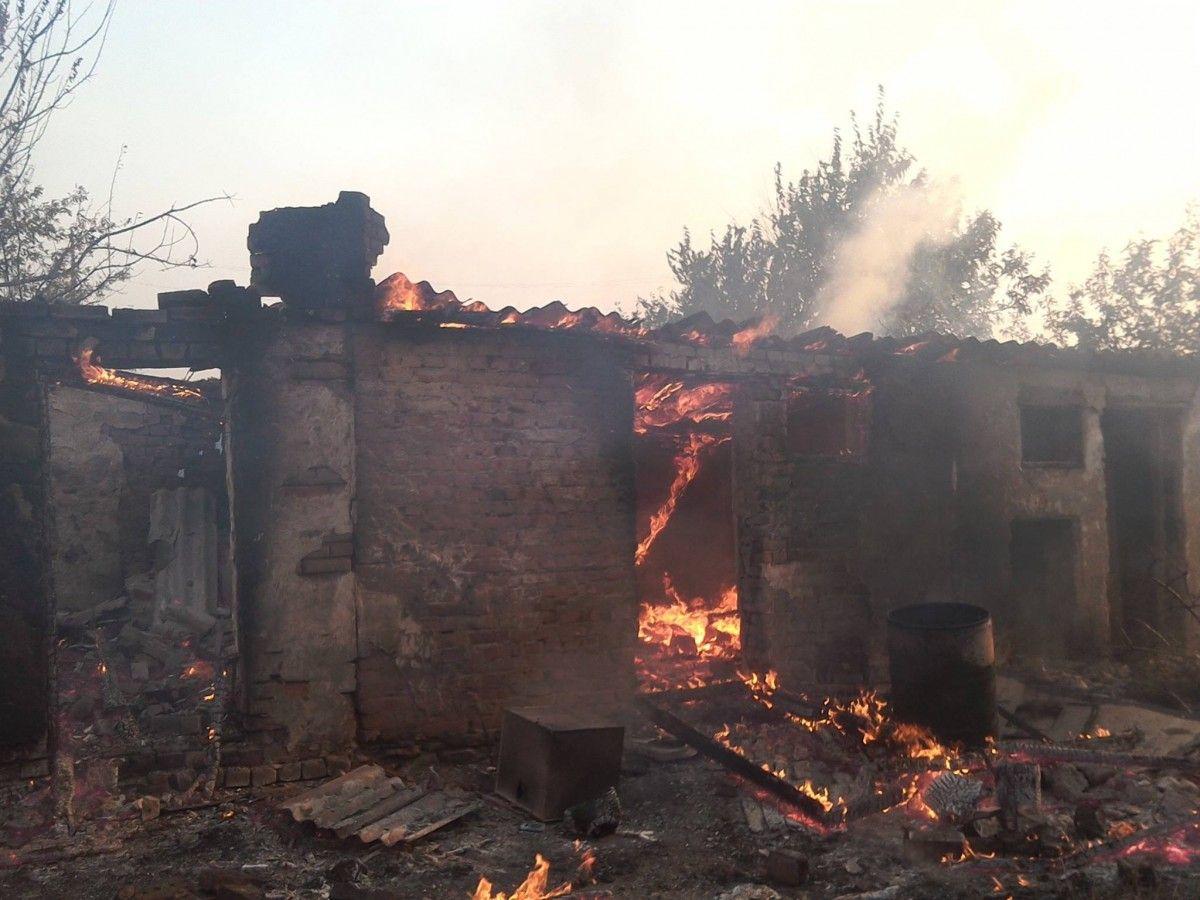Боевики вновь обстреляли жилые дома Марьинки из82-мм минометов— украинская сторона СЦКК