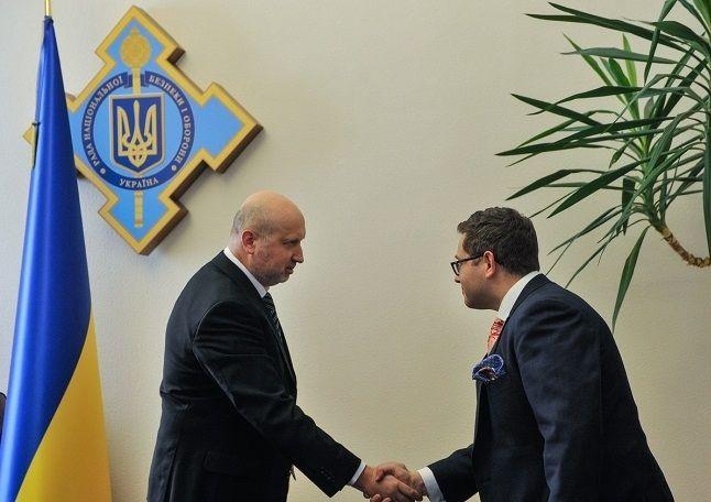 По словам Стайнмана, Трамп считает кибербезопасность чрезвычайно важной / фото СНБО Украины