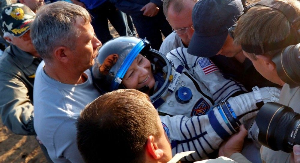 приземлились космонавты посмотреть фото препаратами продуктами