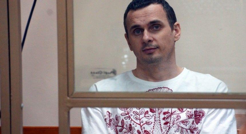 Український омбудсмен: є підстави вважати, що Сенцова годують примусово