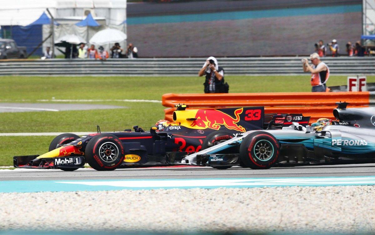 Ферстаппен опередил Хэмилтона на Гран-при Малайзии / Reuters