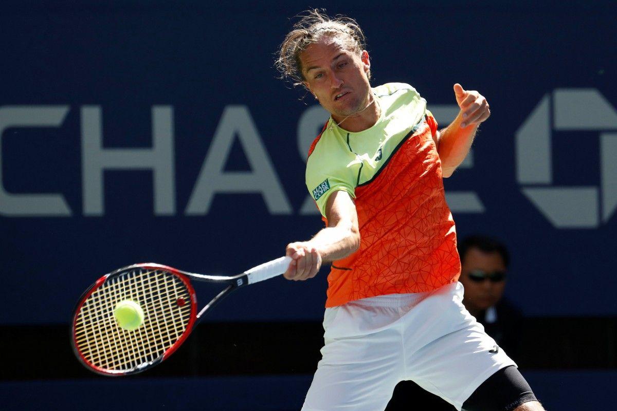 Долгополов обыграл Медведева на старте турнира в Токио / Reuters