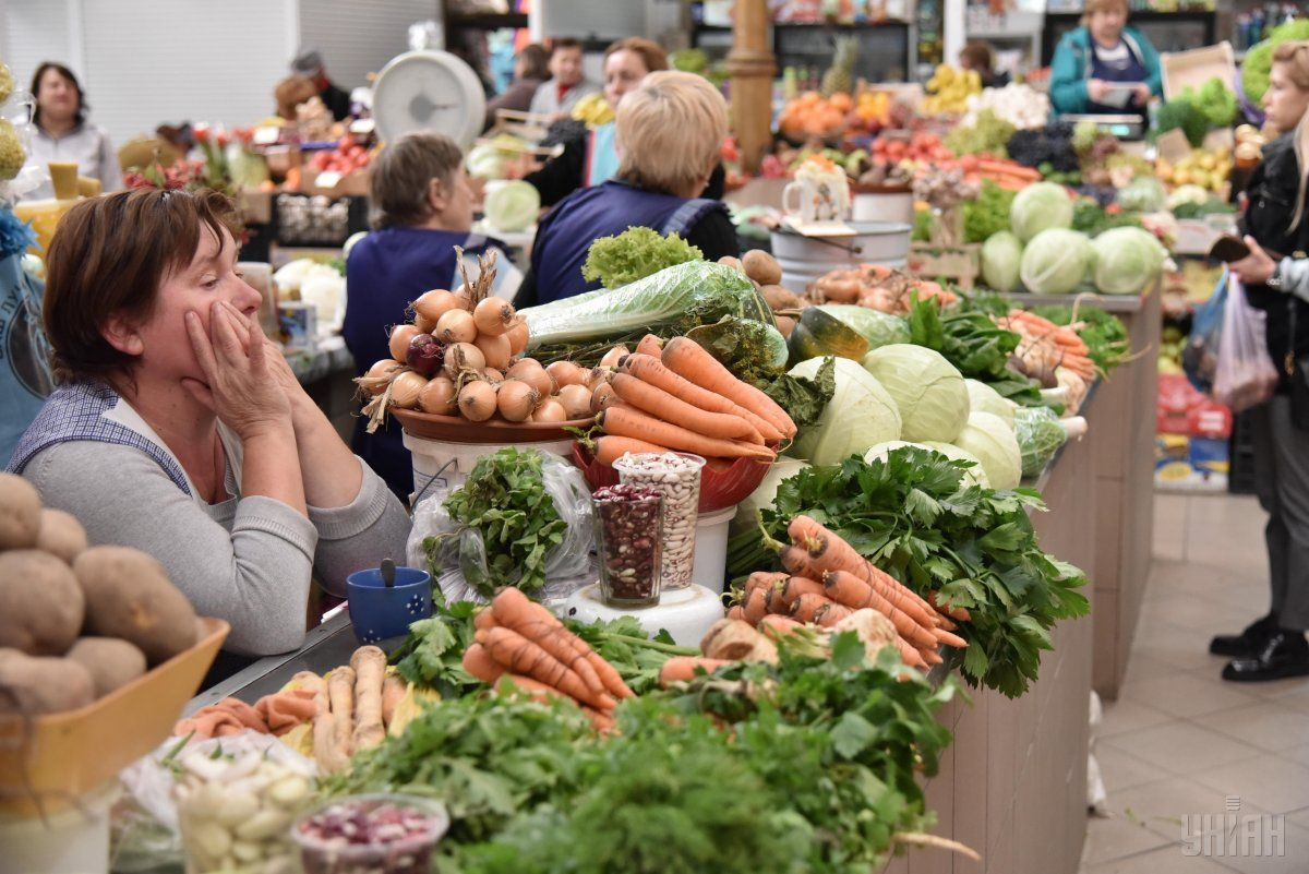 В Україні різко впали ціни на овочі з борщового набору / фото УНИАН
