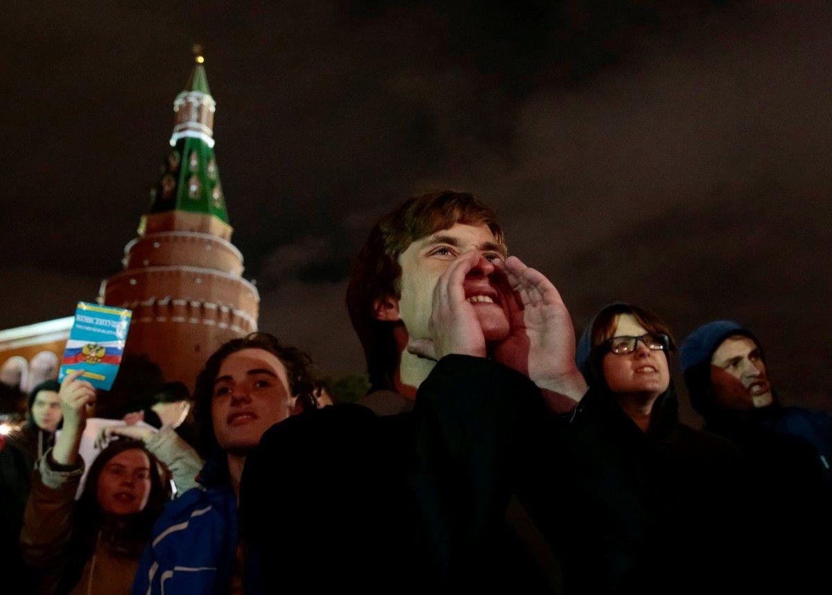 Действовали строго: в столице милиция разогнала ночную акцию вподдержку Навального