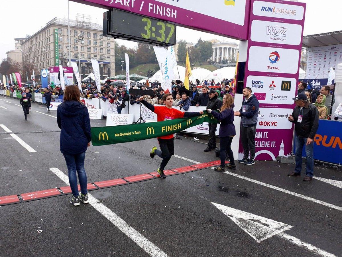 Папа устройл марафон чтобы спасти дочку