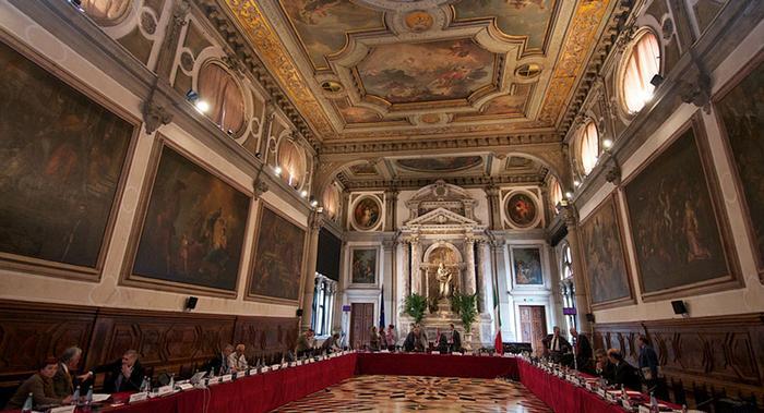 Рекомендуется освободить частные школы от новых языковых требований  / фото Venice Commission
