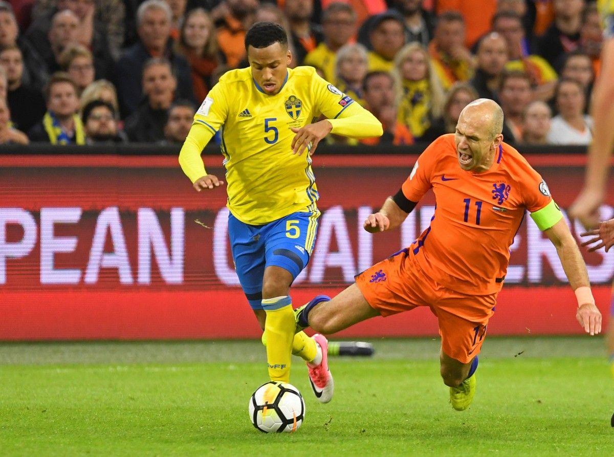 Голландия - Швеция - 2:0 / Reuters