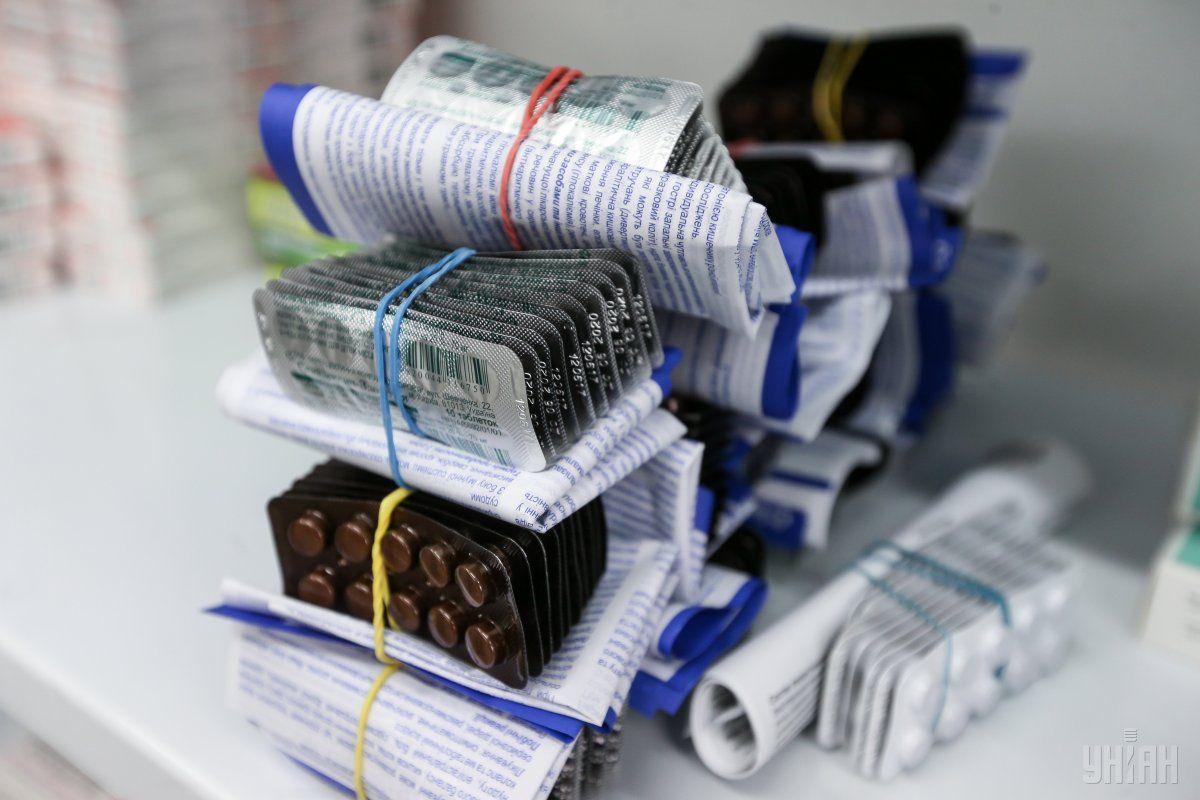 В Украине функционирует около 10 тысяч аптек / фото УНИАН