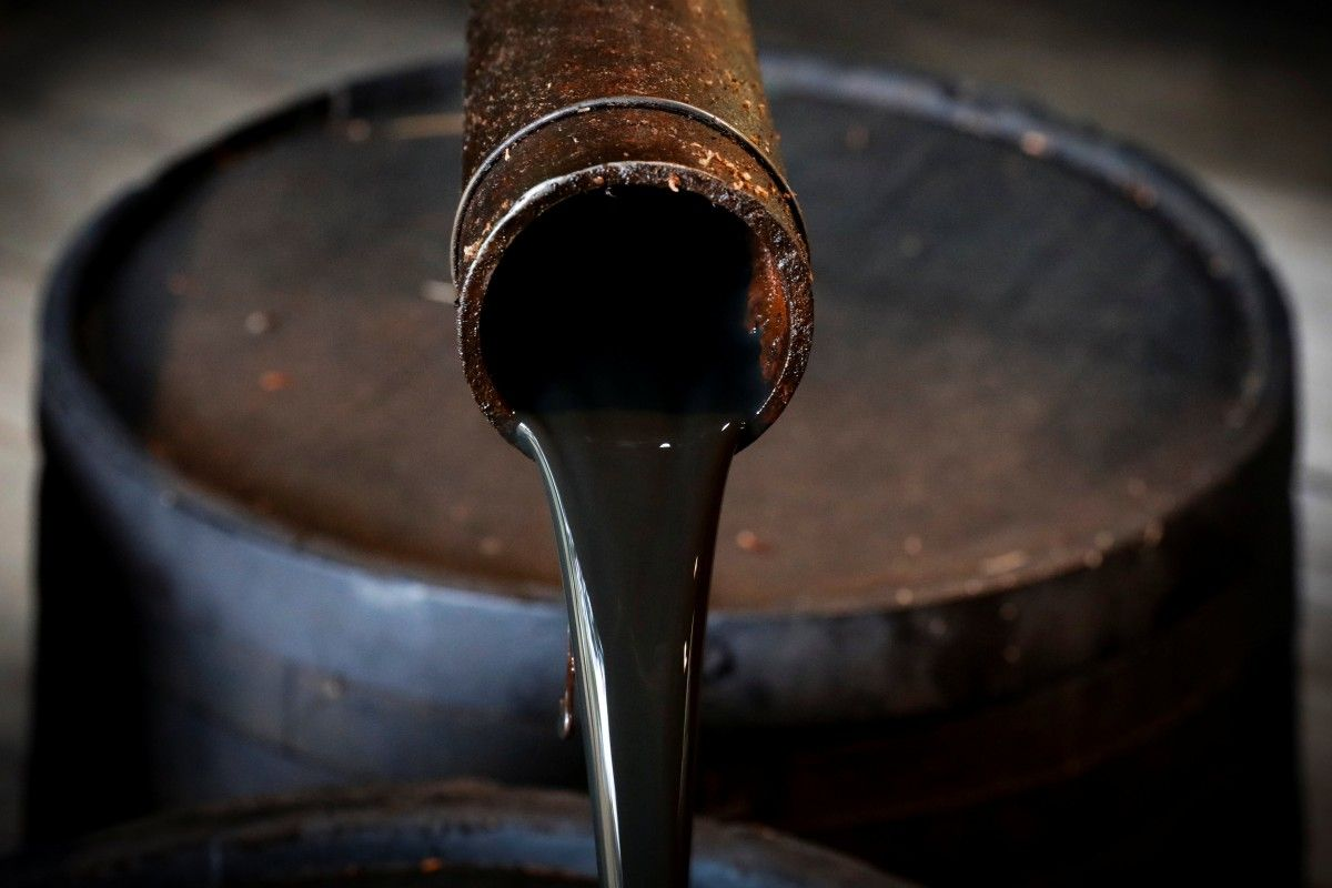 Украина в прошлом году сократила импорт нефтепродуктов/REUTERS