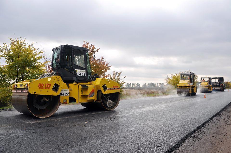 Білоруська фірма ремонтує ділянку довжиною в 7,2 км / фото oda.zt.gov.ua