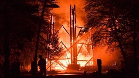 УФранкфурті згоріла відома дерев'яна оглядова Вежа Гете