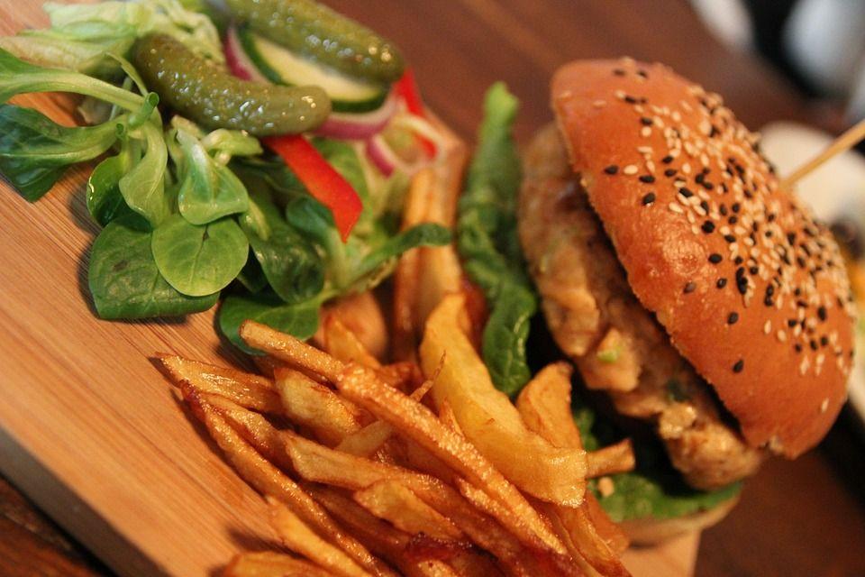 Експерт пояснила, який режим харчування підійде кожному / фото pixabay.com