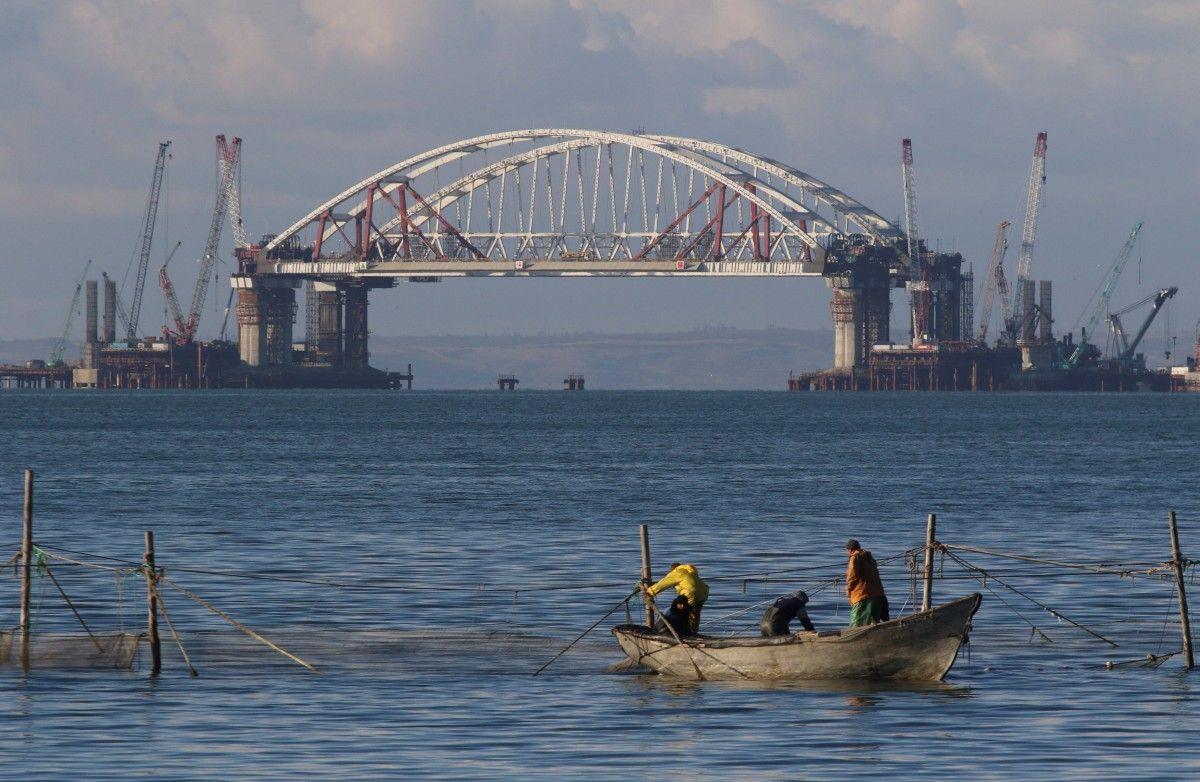 Керченский мост, иллюстрация / REUTERS