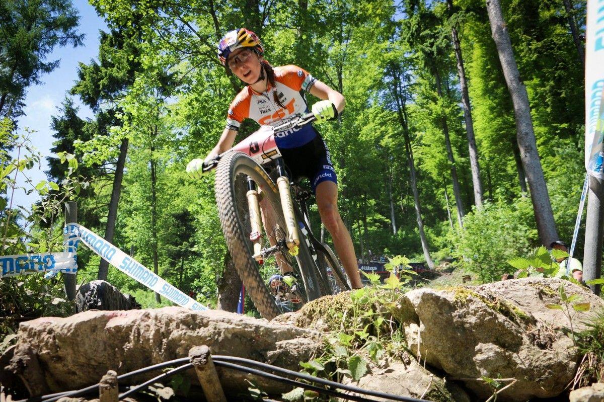 Організатори змагань намагаються прокласти маршрут гонки у красивих місцях / UCI Mountain Bike