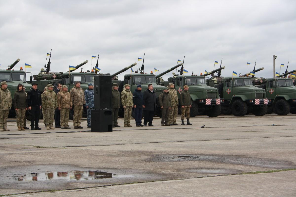 ВСУ начали формировать резерв военной техники— Порошенко